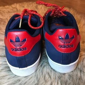 ADIDAS SUPERSTAR | red stripes on navy